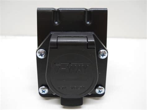 7 way flat pin socket mounting kit for truck trailer