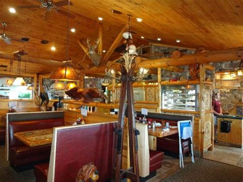 Log Cabin Restaurant by Restaurants That Will Give You Your Cabin Fix Cottage