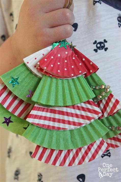 cupcake christmas tree decirations 20 and cheap craft ideas for