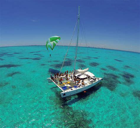 private catamaran isla mujeres induna catamaran catamarans in cancun boats in cancun