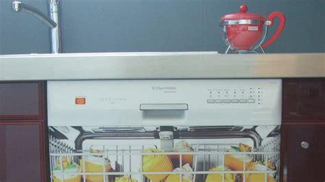 stickers facade cuisine poser un sticker d 233 coratif dans sa cuisine