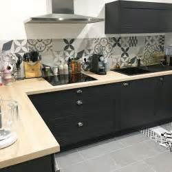 cuisine bois carreaux de ciment cuisines