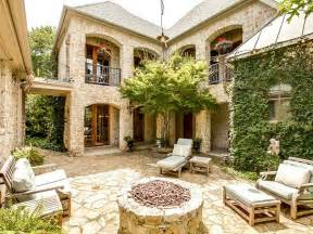 Spanish Style Homes With Interior Courtyards by Spanish Style Homes With Courtyards House Spanish Style