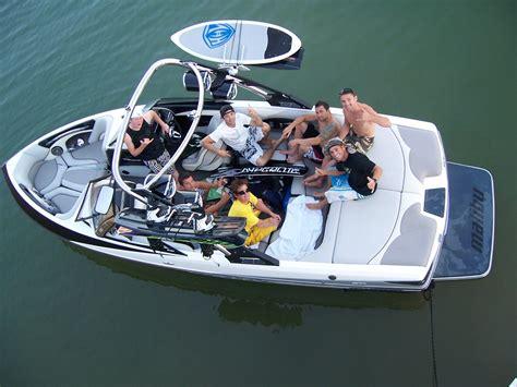 malibu boats team fox racing rewards mx team with malibu boat trip