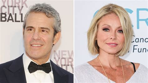 why does kelly ripa have so many hair styles new power of new york list variety