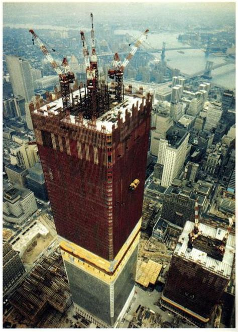 twin towers  construction   history daily