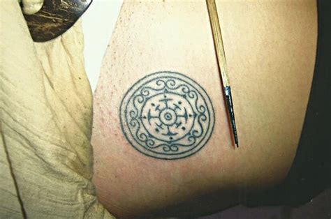 star needle tattoo koh samui circle pattern big magic tattoo koh phangan thailand