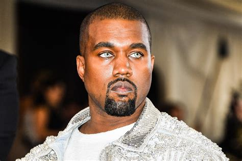kanye west a 17 year made a robot that can make like kanye west