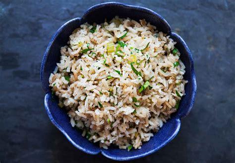 easy rice pilaf recipe simplyrecipescom