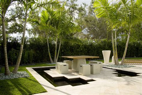 Contemporary Backyard Landscaping Ideas Modern Backyard Modern Landscape Miami By Jc Enterprise Services Inc