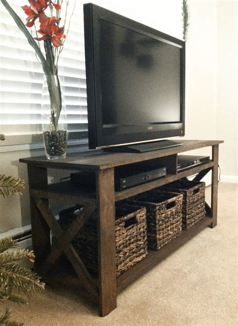 created a rustic tv stand from palettes home