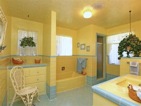 blue and yellow bathroom ideas vintage yellow blue bathroom for the home williamsburg blue and yellow bathroom
