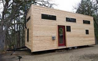 tiny homes mobile home a tiny mobile home on wheels designtaxi