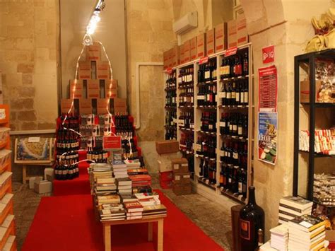 librerie lecce libreria liberrima a lecce libreria itinerari turismo
