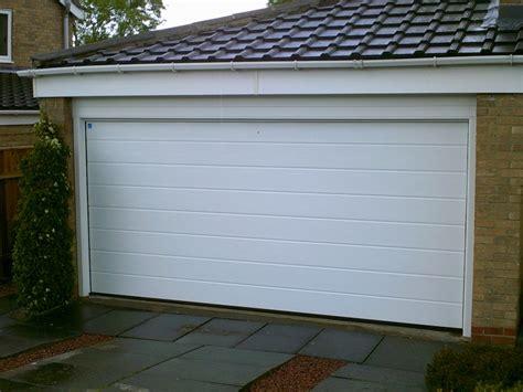 Insulated Aluminum Garage Doors by Insulated Sectional Garage Door Garage Doors