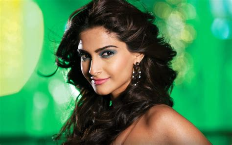 actress name of entertainment movie upcoming movies of sonam kapoor 2017 2018 with release dates