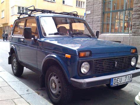 Lada Niva 1 7 Specs Vaz Lada Niva 1 7i 1 Photo And 55 Specs Autoviva