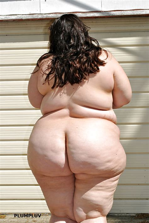 Huge Amateur Bbw Brunette With A Fat Ass And Huge Thighs