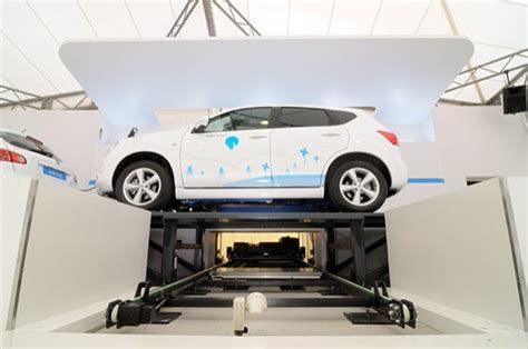 better palace better place s automated electric vehicle battery