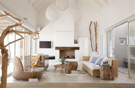 coastal home interiors beach house interiors make a splash beach decor