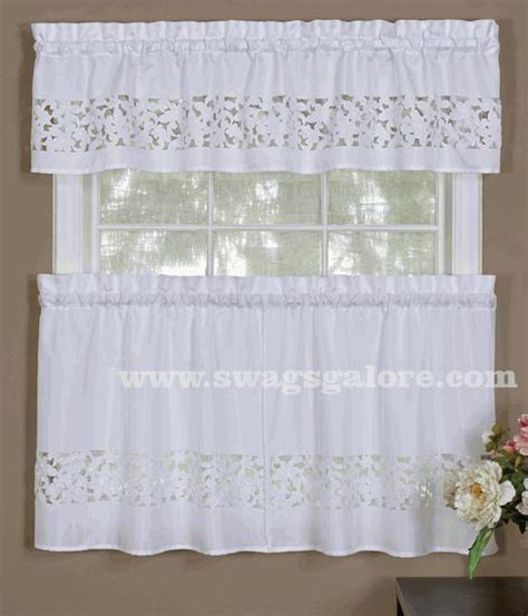 Cafe Tier Curtains 17 Best Images About Cafe Tier Curtains On Window Treatments Printed And Grommet