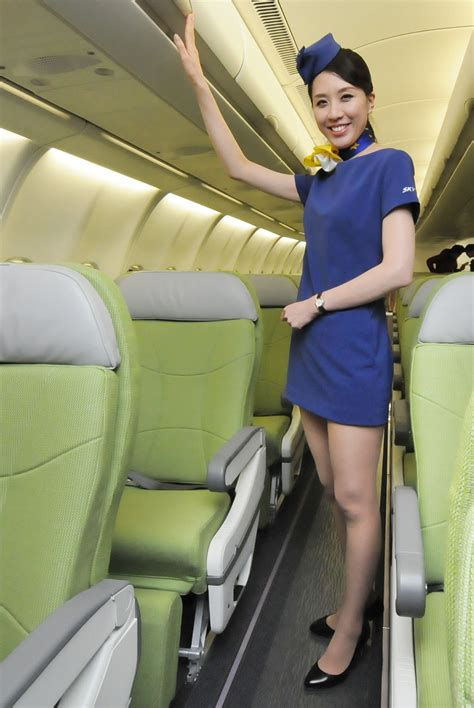 cabin attendants skymark s new riles cabin attendants the japan times