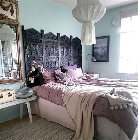 Room Divider As Headboard by Best 25 Room Divider Headboard Ideas On
