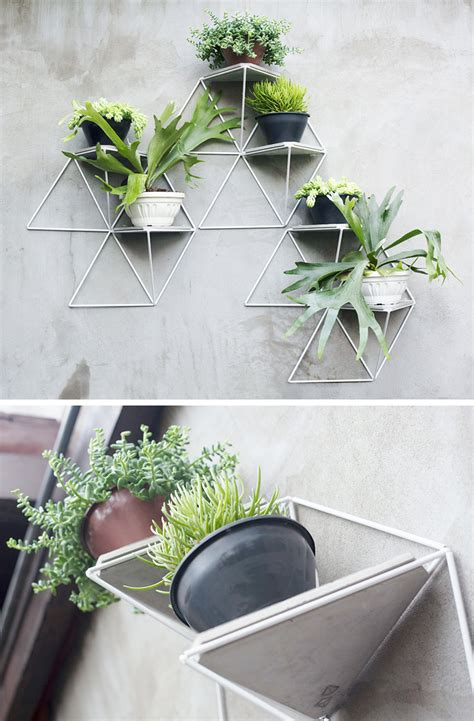 Planters That Hang On The Wall | 10 modern wall mounted plant holders to decorate bare