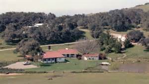 1500 Square Foot House video inside the reagans beloved ranch including spot
