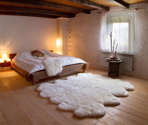 sheepskin rug bedroom auskin sheepskin rug roselawnlutheran