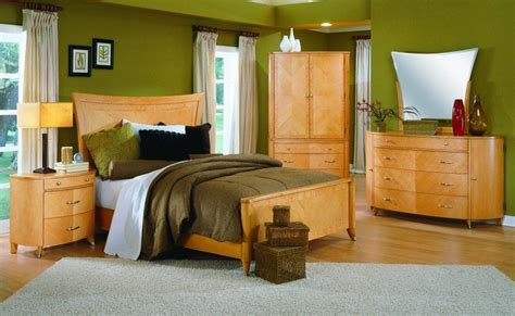 color paint   maple bedroom furniture