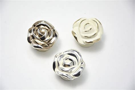 Shabby Chic Door Knobs by Shabby Chic Dresser Knob Pull Drawer Knobs Pulls Handles