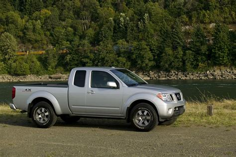 how petrol cars work 2011 nissan frontier lane departure warning 2011 nissan frontier news and information conceptcarz com