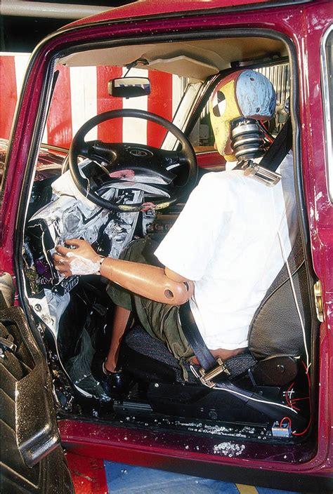 lada niva crash test auto titre