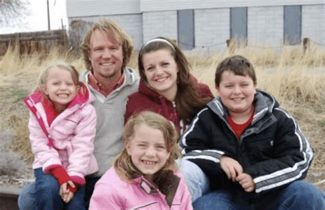polygamist family sleeps in same bed this is how a polygamist family actually operates