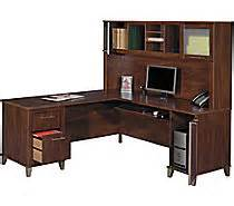 Computer Desk At Staples Canada Desks For Sale Business Or Home Office Desks Staples 174