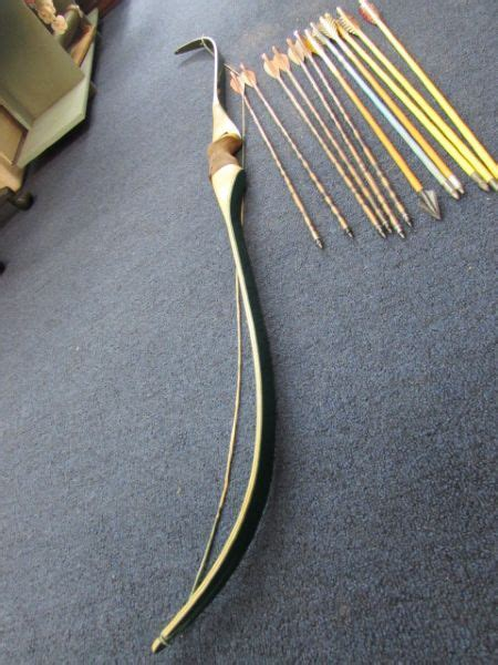 Handcrafted Recurve Bows - lot detail custom made maple recurve bow with arrows
