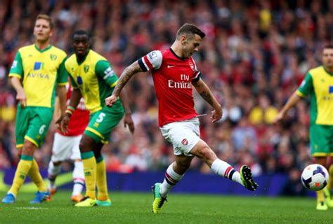 arsenal norwich goal video jack wilshere scores superb arsenal goal against