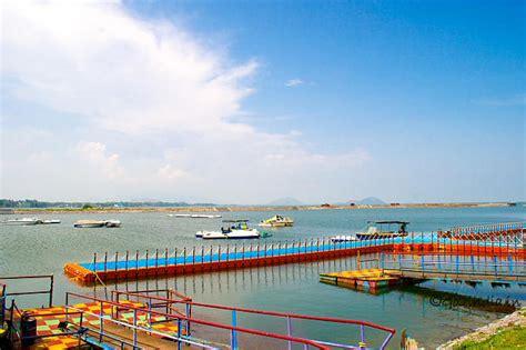motorboat ka hindi chilika salt water lake in orissa for bird watching