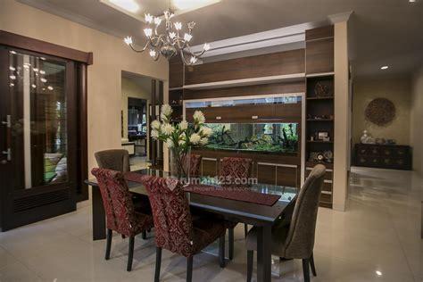 Meja Makan Panjang 3 alternatif dekorasi ruang makan suka yang mana