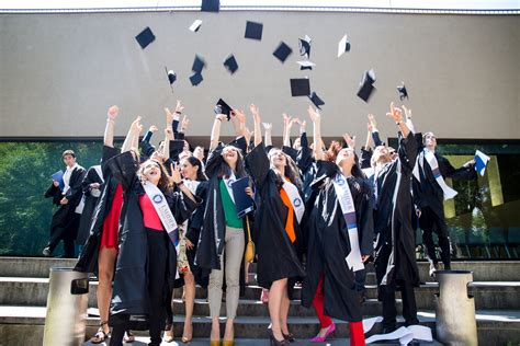 Graduating Honors Mba by Bachelor Graduation Honors