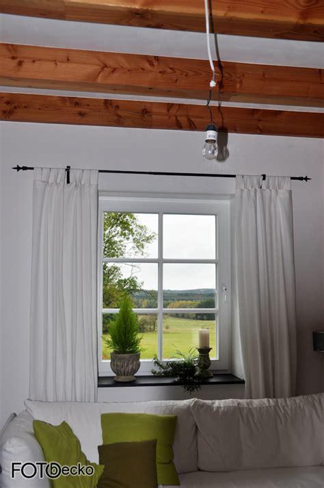 Gardinen Im Wohnzimmer by Wohnzimmer Gardinen Und Gardinenstange Elvenbride