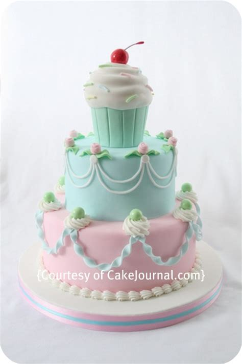 interview with louise dueholm of cake journal sweetopia