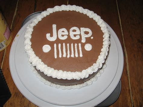 jeep cupcake cake best 25 jeep cake ideas on pinterest house cake car