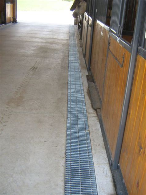 35 best images about Horse Barn   Aisle & Stall flooring
