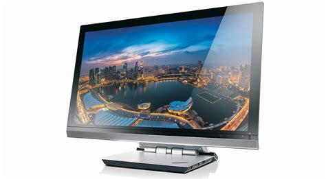 intel partners with samsung to halve the price of 4k monitors but it s useless without support