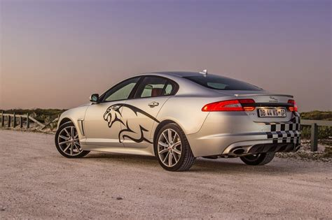 2014 Jaguar Xf 2 0 T Jaguar Xf 2 0 I4 2014 Review Cars Co Za