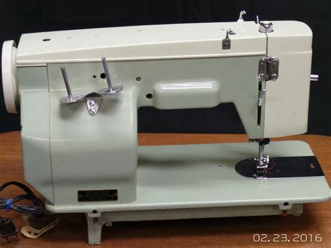 Best Upholstery Sewing Machine by Heavy Duty White 527 Leather Upholstery Sewing Machine