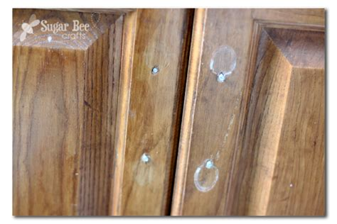 how to touch up stain kitchen cabinets touch up cabinet staining sugar bee crafts