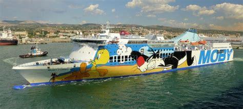 traghetto genova porto torres offerte traghetti moby rotte navi ed offerte 2018 il traghetto